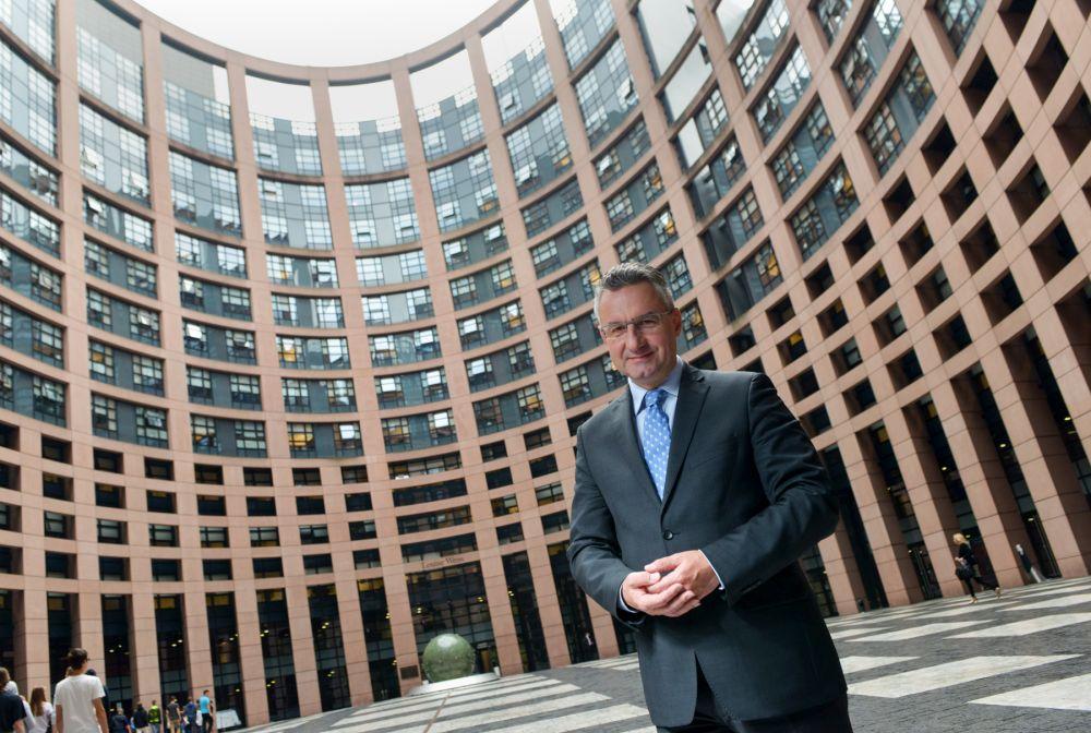 Jan Zahradil: Česká zahraniční politika bysi neměla hrát namorální maják